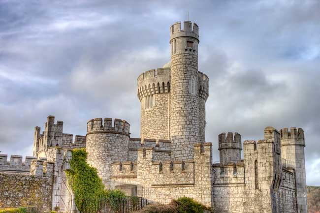 While your stay in Cork you should definitely visit the Blackrock Castle.